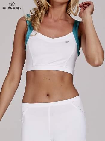 Biały top stanik sportowy z wycięciem z tyłu