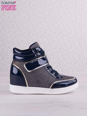 Granatowozłote mieniące sneakersy z lakierowanymi wstawkami