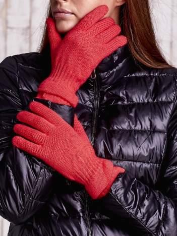Pomarańczowe rękawiczki ze ściągaczem i podwójnym mankietem