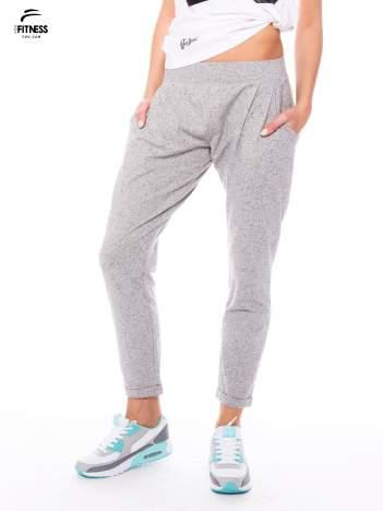 Szare spodnie dresowe z prostą nogawką