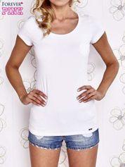 Butik Biały t-shirt z kieszonką i koronkowym tyłem