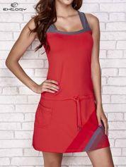 Ciemnokoralowa sukienka sportowa z szarymi wstawkami