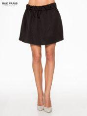 Czarna mini spódniczka w pikowany wzór