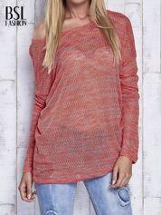 Czerwony melanżowy sweter z łezką na plecach