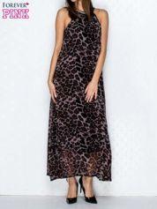 Fioletowa sukienka maxi w panterę z biżuteryjnym dekoltem
