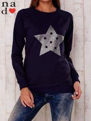 Granatowa bluza z nadrukiem gwiazdy