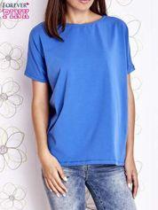 Niebieski t-shirt oversize