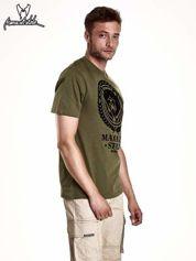 Butik Oliwkowy t-shirt męski ze zwierzęcym nadrukiem