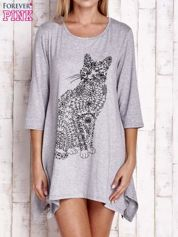 Szara sukienka z nadrukiem kota i błyszczącą aplikacją