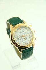 Zielony zegarek damski na skórzanym pasku