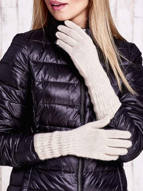 Beżowe długie rękawiczki z drapowanym rękawem