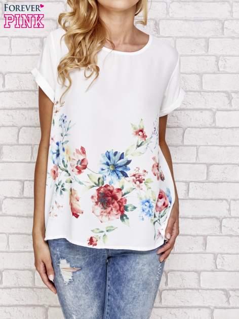 Biała bluzka koszulowa z nadrukiem kwiatów
