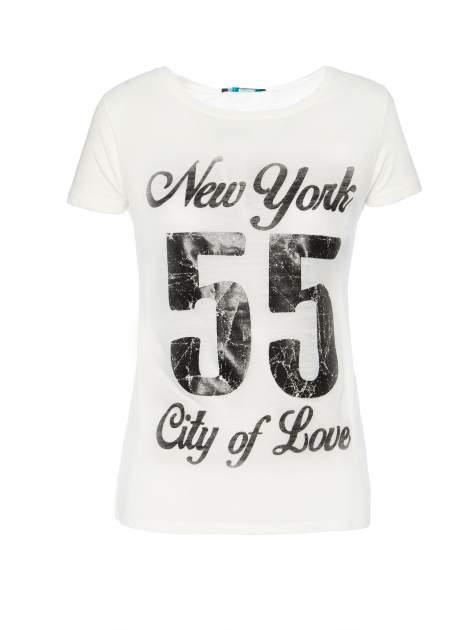 Biały t-shirt z napisem NEW YORK CITY OF LOVE 55