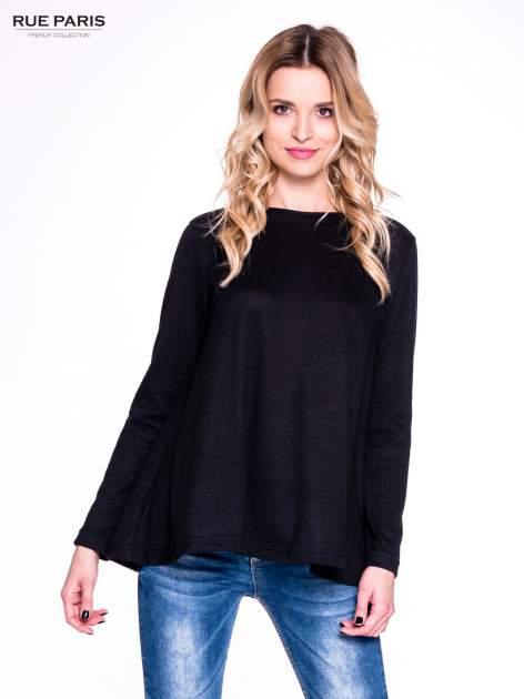 Czarny klasyczny sweterek