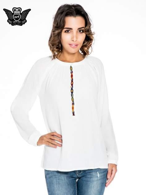 Ecru koszula z marszczonym dekoltem i wzorzystą wstawką w stylu hippie