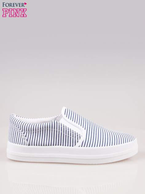 Granatowo-białe buty slip on w paski na grubej podeszwie