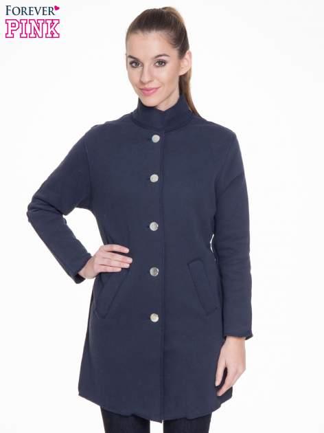 Granatowy dresowy płaszcz o kroju oversize