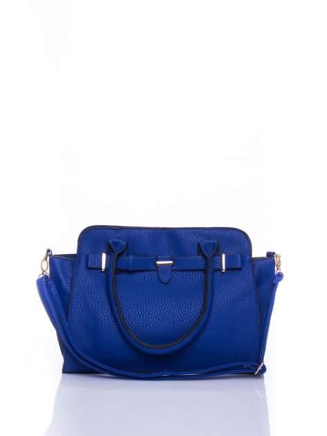 Niebieska torba shopper bag z zawieszką
