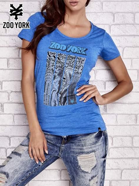 Niebieski t-shirt z nowojorskim motywem
