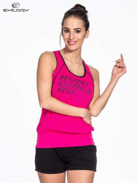 Różowy siatkowy top sportowy z napisem RUN GIRLS RUN