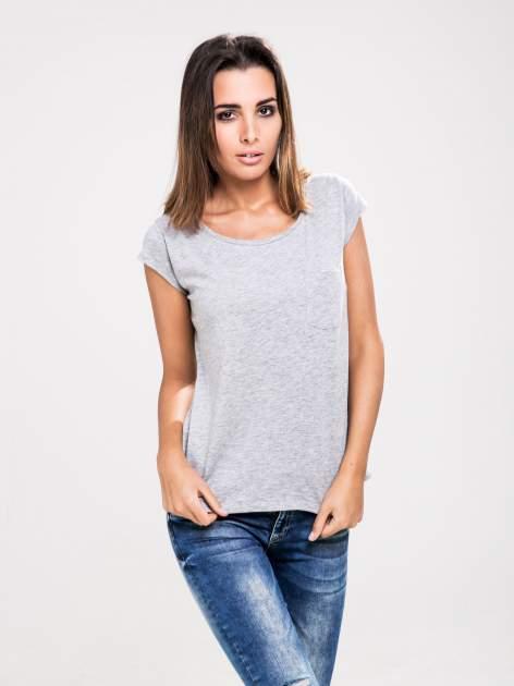STRADIVARIUS Szary t-shirt basic z kieszonką