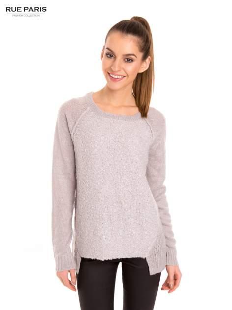 Szary sweter z dłuższym tyłem