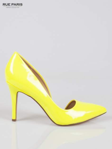 Żółte lakierowane szpilki z wyciętym bokiem