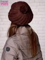 Brązowa wełniana czapka z pomponem