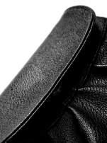 Czarna mini torebka kopertówka z paskiem