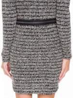 Czarna tweedowa sukienka w stylu Chanel