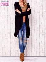 Czarny otwarty sweter w drobne prążki