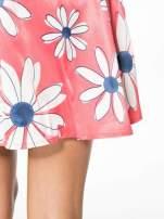 Czerwona rozkloszowana spódnica skater w kwiaty