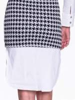 Dwuczęściowa sukienka w pepitkę z białą koszulą