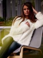 Ecru futrzany sweter kurtka na suwak