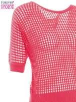 Fuksjowy ażurowy sweter oversize