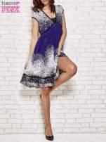 Granatowa sukienka baby doll w ciapki