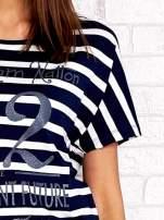 Granatowo-biały t-shirt w paski z napisem DAYDREAM NATION
