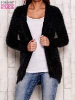 Granatowy włochaty sweter