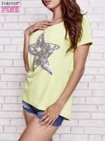 Jasnozielony t-shirt z gwiazdą z cekinów