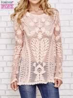 Koralowy ażurowy sweterek mgiełka