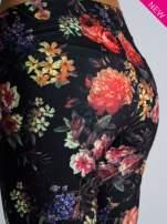 Kwiatowe legginsy elastyczne