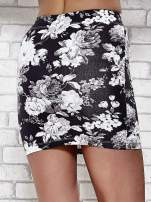 Mini spódnica tuba w kwiaty