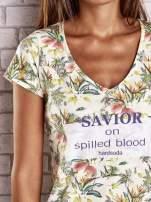 Żółty t-shirt z kwiatowym motywem i napisami
