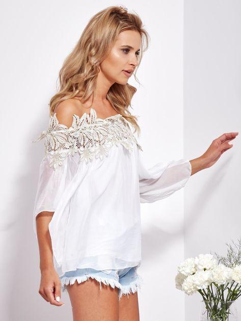 Biała warstwowa bluzka hiszpanka z koronką                              zdj.                              2