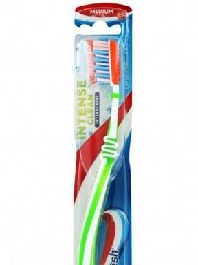 Aquafresh Szczoteczka do zębów Intense Clean Medium  1 szt.
