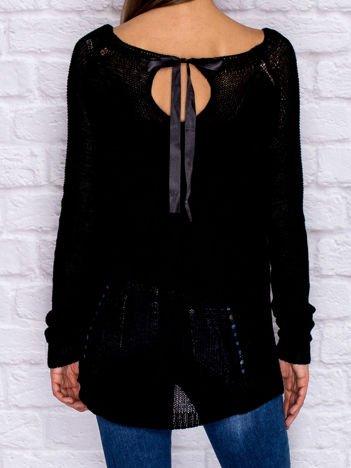 Ażurowy sweter ze wstążką czarny
