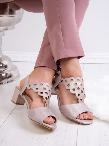 Beżowe sandały SERGIO LEONE z ozdobnym ażurowym przodem