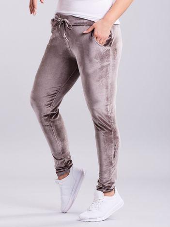 Beżowe welurowe spodnie dresowe PLUS SIZE