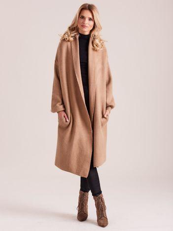 Beżowy długi sweter damski oversize