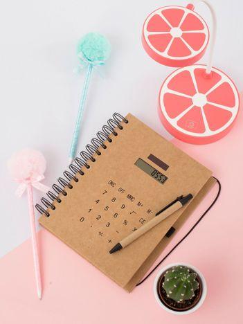 Beżowy notatnik z kalkulatorem